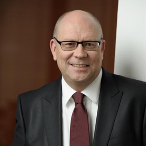 Dr. Stefan Wess